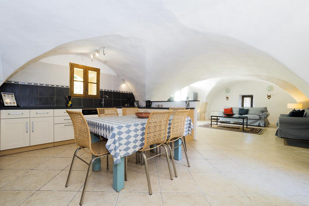 La Bergerie kitchen