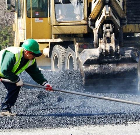 asfaltarbeid.jpg