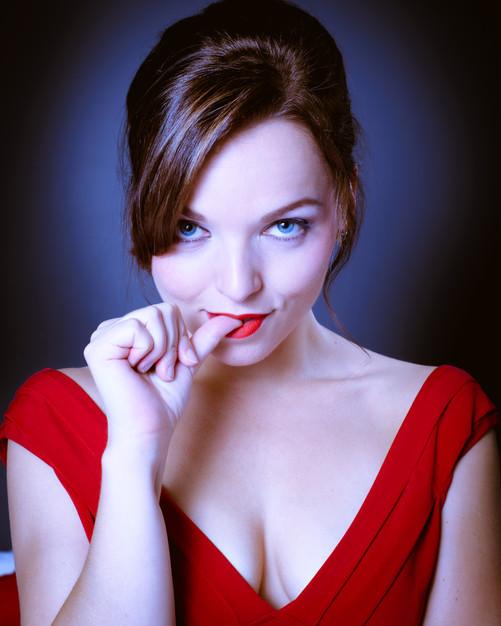 James Bond girl!