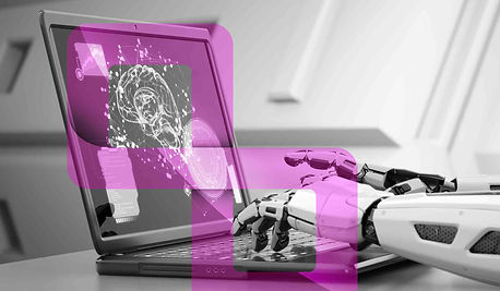 robots-hands-typing-on-keyboard-B5XW2CS.