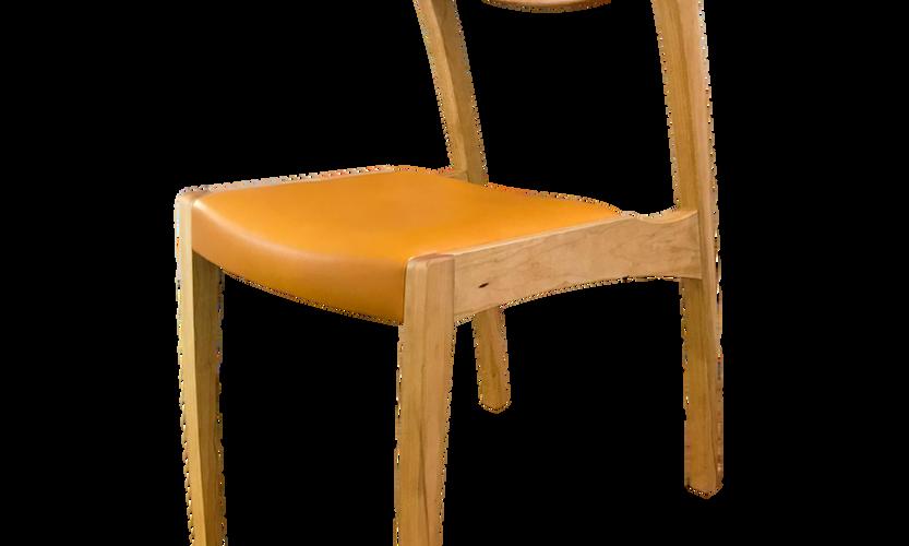 tako chair 斜前_edited.png