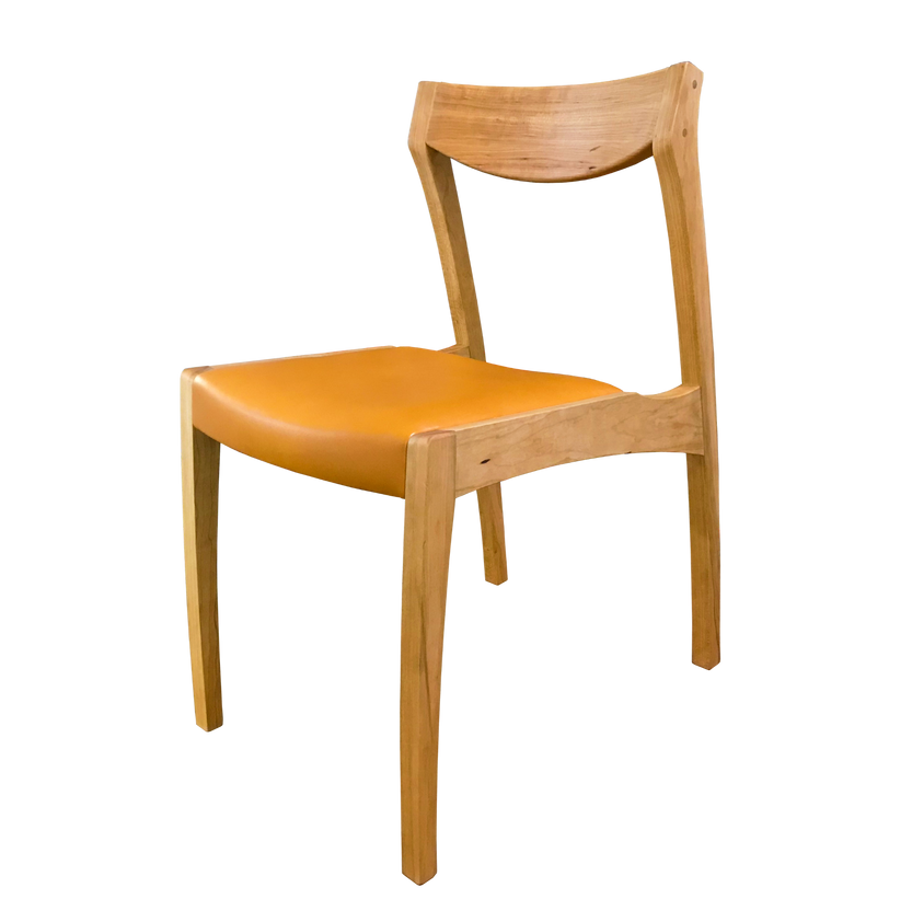 tako chair 斜前_edited.png