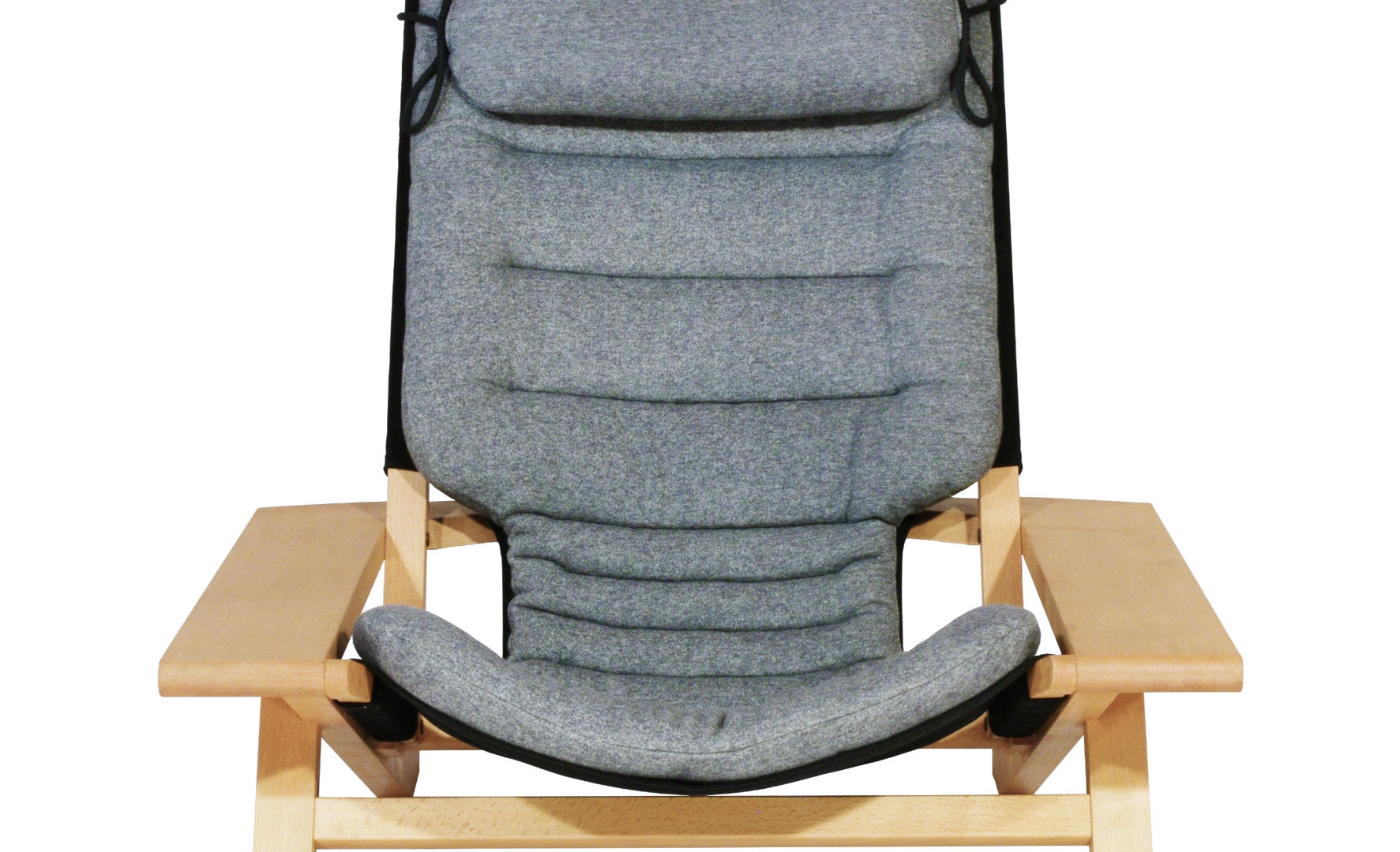 fulfill chair 正面_edited.png