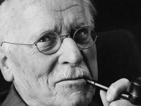 Este cuento fue soñado por Carl Gustav Jung en la década del 60 y publicado en su 'Libro rojo'