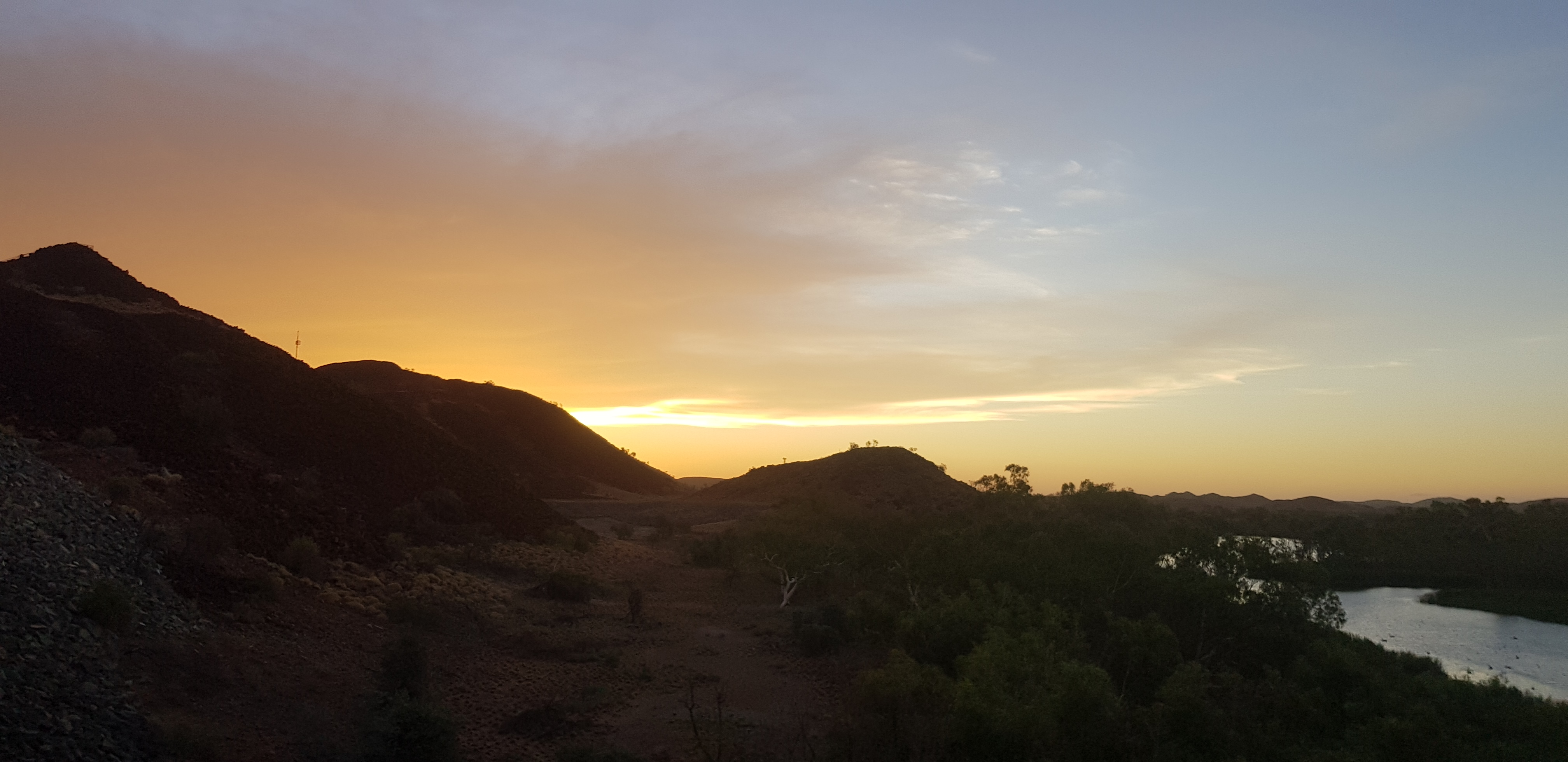 Sunset over the Pilbara hills