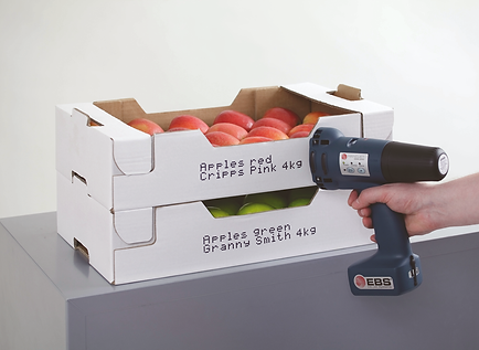 Marking cardboard crate with traceability information using the EBS 250 handheld inkjet printer