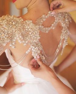 Soliloquy Bride in Veil Trends