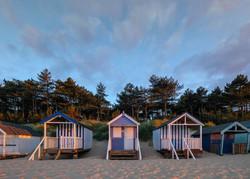 Three blue huts unsharp Em's