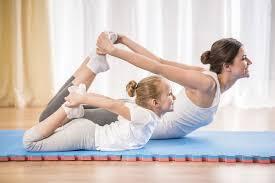 yoga parent enfant.jpg
