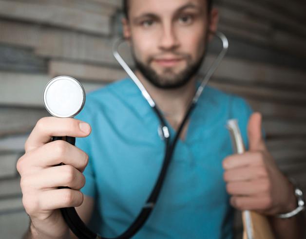 Machuque 101: Maximizando la enseñanza de estudiantes de medicina en el turno