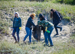 CC Day of Service 2016 Coastal Cleanup with Surfrider Foundation (3).jpg