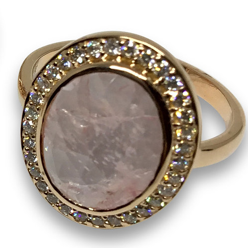 Morganite and diamond 18 k rose gold ring