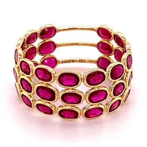 Natural Ruby 3 band ring 18 karat gold