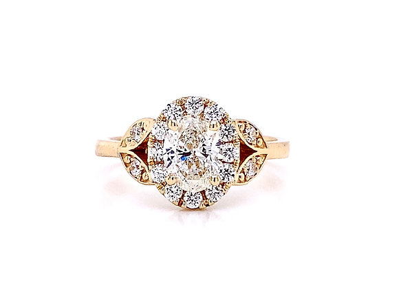 14kt Yellow Gold 0.99ctw Oval Diamond Vintage Style Halo Ring