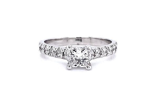 14kt White Gold 0.96ctw Princes Cut Diamond Side Stone Ring