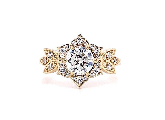 14kt Yellow Gold Ladies 1.01ctw Round Diamond Vintage Style Halo Ring
