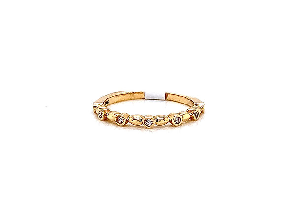 14kt Yellow Gold Ladies Vintage Style Diamond Band