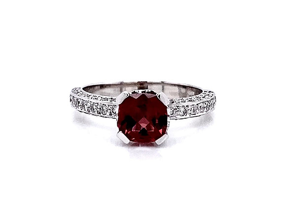 14kt White Gold Garnet Gemstone and Diamond Side Stone Ring