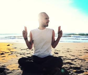 Kundalini Yoga al amanecer con Daniel Gomis