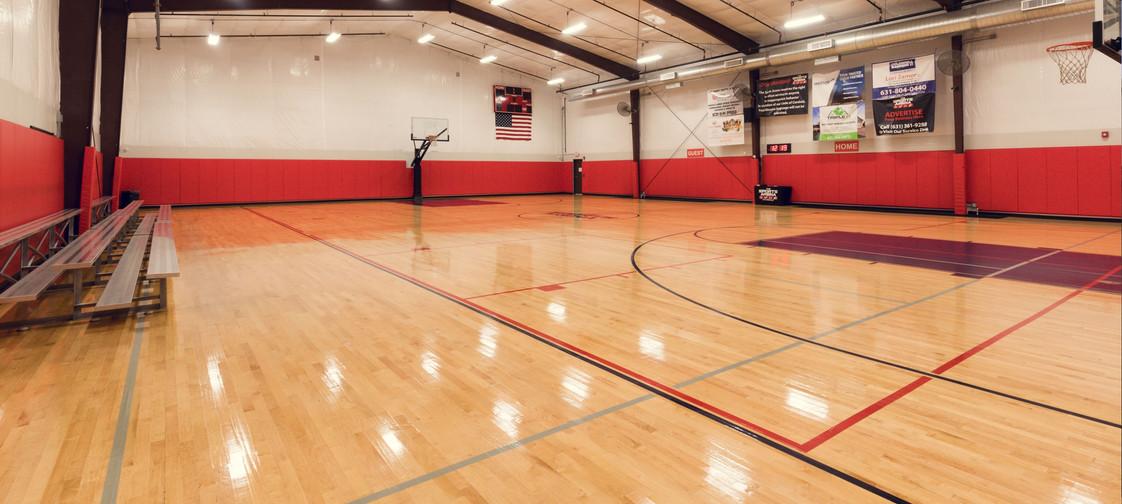 gymnasium-01_2600_1170_s_c1.jpg