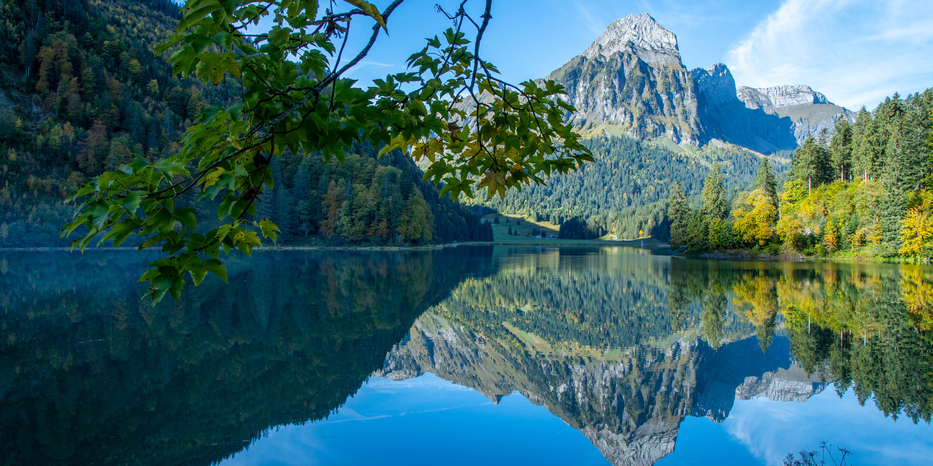 Bergsicht Obersee Näfels