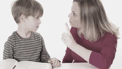 """""""Wir müssen unseren Sohn ständig antreiben und ihm drohen. Hat er ein ADHS?"""""""