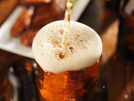 """""""Ich trinke jeden Abend zwei, drei Bier. Meine Frau findet, ich sei ein Alkoholiker."""""""