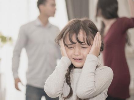"""""""Sollen wir uns trennen, obwohl wir wissen, dass die Kinder leiden werden?"""""""