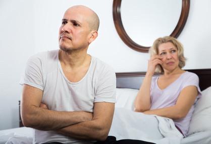 Ehemann streitet Aussenbeziehung ab