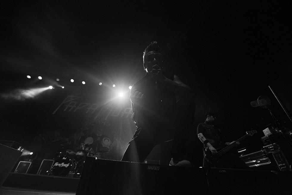 Live_2013_11.JPG
