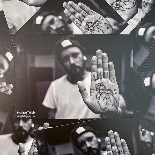 Postkarte NTH - Heart In Hand