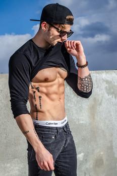 Sebastian C. - nxt|Model