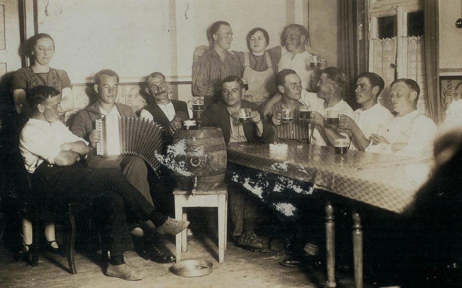 Konsumwirtschaft_Emmeran Mayr_um 1935_He
