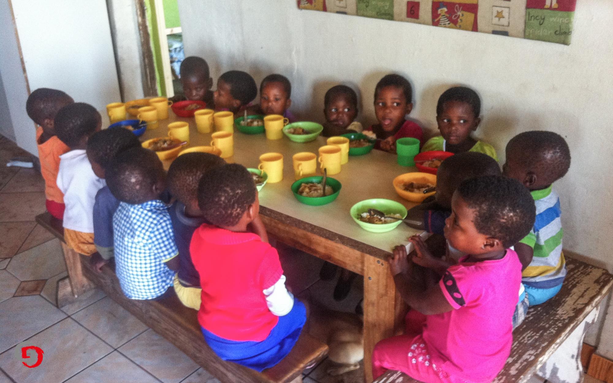 Essen im Kinderheim