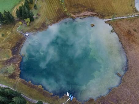 Am Lauenensee für die Schweizer Wanderwege