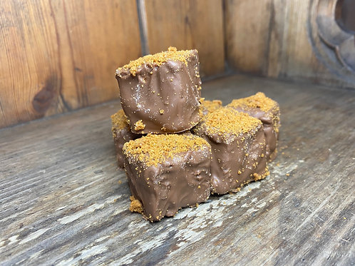 Milk Chocolate Biscoff Fudge Bites