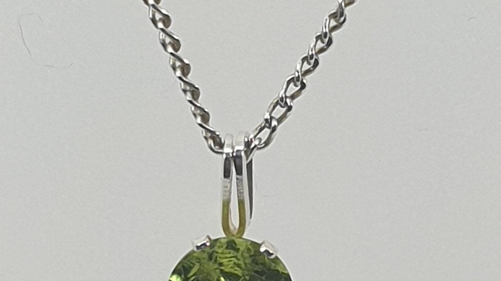 Sterling Silver Peridot pendant
