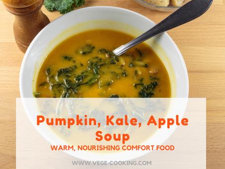 Easy Pumpkin, Apple, Kale Soup