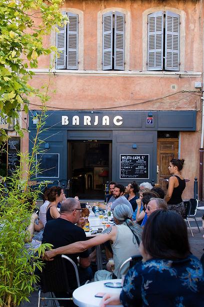 Bar à Marseille - Le Barjac Place de Lenche au Panier - Terrasse avec vue