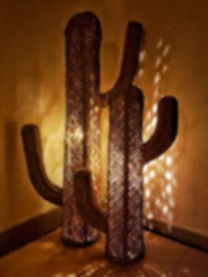 Lampe cactus en paille - Marseille - Livraison gratuite et soignée