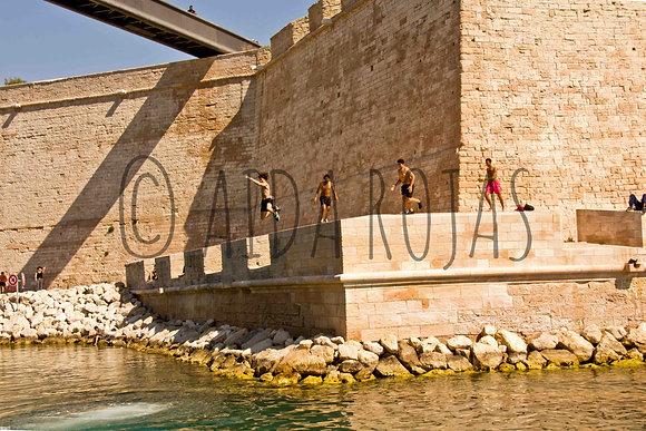 Photographie : Plongeons Fort Saint-Jean - Photo Marseille - Aida Rojas