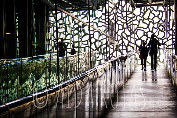 Photographie : Reflets Mucem - Photo Marseille - Aida Rojas