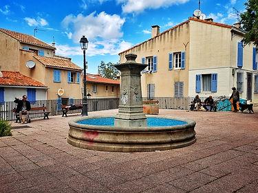 La place des moulins au Panier Marseille