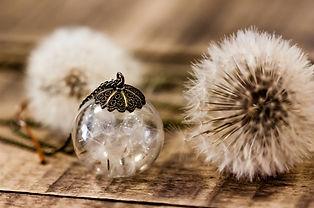 Bijoux-fleurs-sechees-pendentif-dent-de-