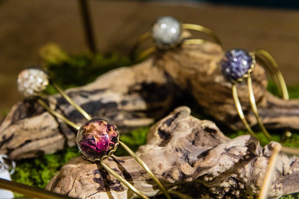 Bracelet bohème fleurs - Boutique du Panier Trois Fenêtres