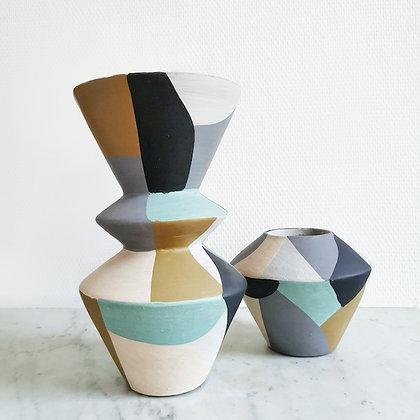 Vase Terracotta forme geometrique Madam Stoltz - Décoration Marseille - Trois Fenêtres