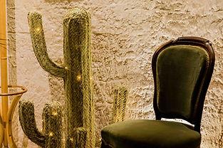 Cactus en paille tressee - décoration Marseille