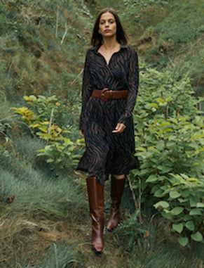 Robe noire BERTHA Grace et Mila 5.jpg