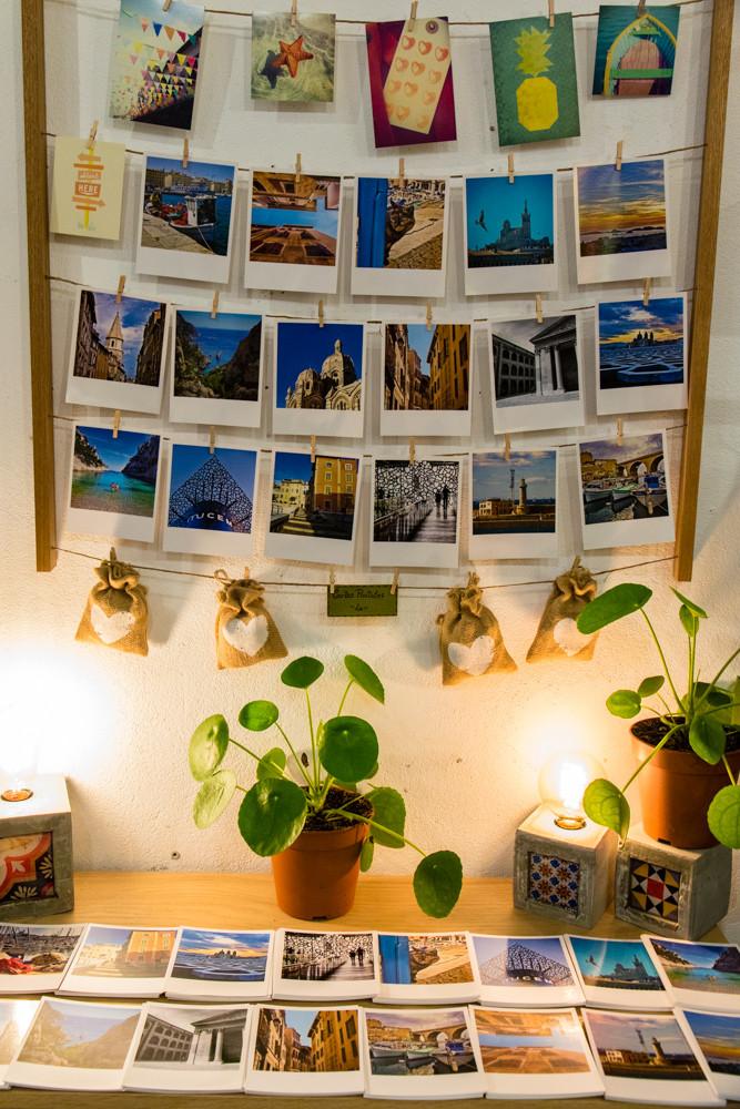 Corner cartes postales Marseille - Concept store Trois Fenêtres Le Panier