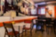 Expositions murs du Bar Café Le barjac au Panier à Marseille - Femme berbère et Petit train marseillais